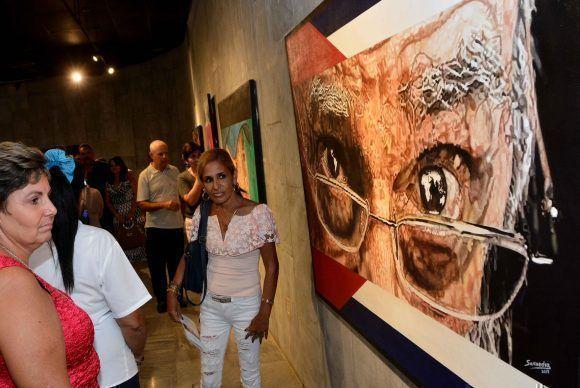 Inauguración de la exposición Semblanza, del joven pintor Reinier Saavedra Sotolongo, dedicada al Comandante en Jefe Fidel Castro, en el Memorial José Martí, en La Habana, Cuba, el 24 de noviembre de 2017. Foto: Marcelino Vázquez (ACN).