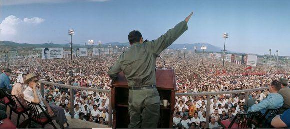 Fiel al pensamiento dialéctico de Fidel