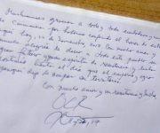 Libro de visitantes del Museo 19 de diciembre, de Caimanera, donde Oscar López Rivera, líder  independentista puertorriqueño, dejó plasmado su agradecimiento a los pobladores de ese Poblado Héroe, como lo denominó Fidel, en Guantánamo, Cuba, el 22 de noviembre de 2017.   ACN FOTO/Pablo SOROA FERNÁNDEZ/ogm