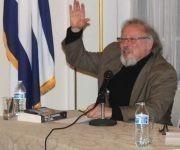 Peter Kornbluh, director del Proyecto de Documentación sobre Cuba en el Archivo de Seguridad Nacional de la Universidad George Washington habla en el panel sobre Fidel en Washington. Foto: Prensa Latina