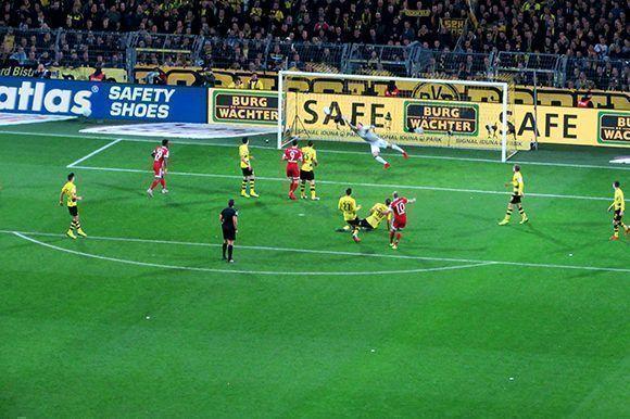 Robben consiguió el primer gol de la noche. Foto del autor.