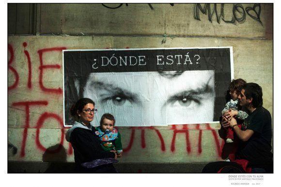 buenos Aires 1 agosto 2017 Marcha a un mes de la desaparición de Santiago Maldonado en plaza de mayo  foto Rolando Andrade Stracuzzi ley 11723