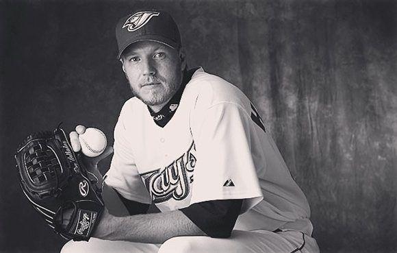 El recientemente retirado lanzador de Grandes Ligas, Roy Halladay, falleció a los 40 años en un accidente de avión. Foto: ESPN.