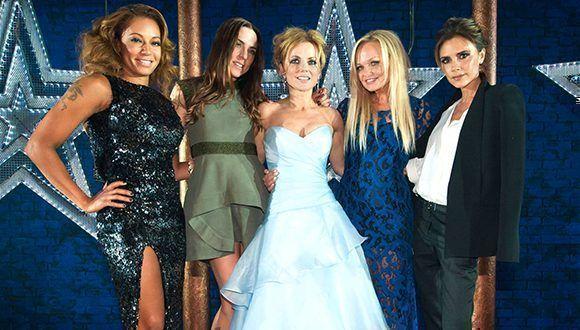 Las Spice Girls podrían regresar a los escenarios. De izq. a der. Mel B, Mel C, Geri, Emma y Victoria Beckham, en 2012. Foto: Gtresonline.