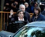 La presidenta del Parlament, Carme Forcadell, a su llegada, este jueves, al Tribunal Supremo. Foto: Jaime Villanueva/ El País.