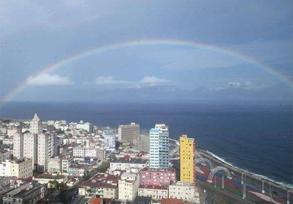 Un arcoíris en La Habana. Foto: Lucia Labaut Peñalver/ Facebook.