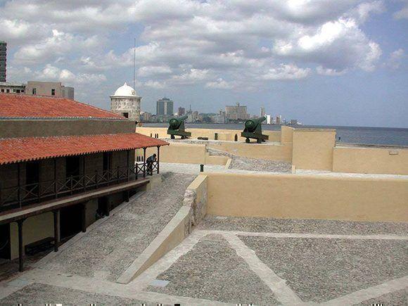 Plaza interior del Castillo de la Punta. Foto: Cortesía de Tony Quevedo/ Habana Radio.