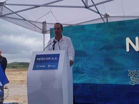 Ceremonia de la primera piedra de Nescor s.a. Harold Hofman resalta en su intervenciòn el placer de poder trabajar con el equipo de profesionales de la zed Mariel