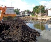 equipo-extrae-agua-y-tierra