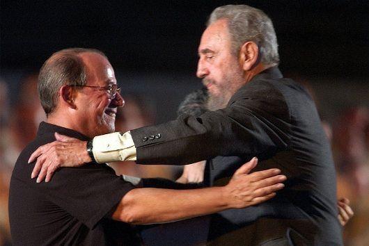 El Necio es una de las canciones más reconocidas del trovador cubano Silvio Rodríguez donde refleja su admiración por el líder revolucionario. Foto:NationalTurk.