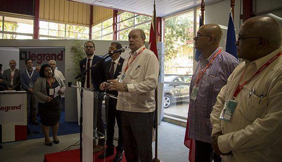 Malmierca reconoció el apoyo del gobierno de Francia al desarrollo económico de la isla caribeña. Foto: Ismael Francisco / Cubadebate