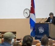 El sociólogo británico, John B. Thompson, durante su conferenia magistral en ICOM-2017. Foto: Leysi Rubio/ Cubadebate.