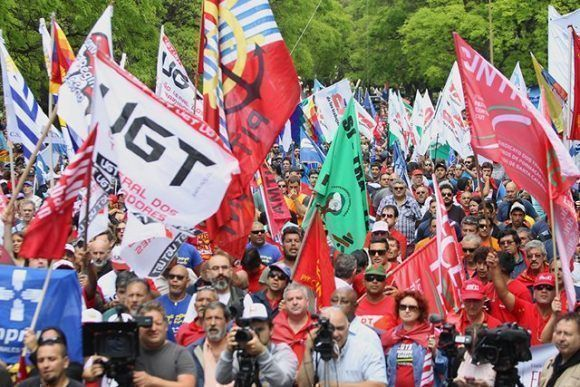 manifestacion-en-uruguay