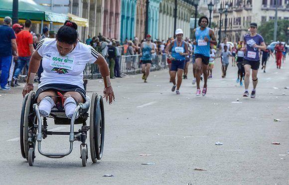 Edición XIX de Maracuba, carrera popular que saludará de manera especial el Día de la Cultura Física y el Deporte, en La Habana. Foto: Yaciel Peña / ACN
