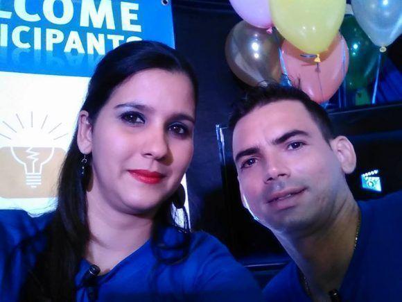 Zenia y Yasmany encaran desde hace cuatro años cada una de las transmisiones de la ACM-ICPC.