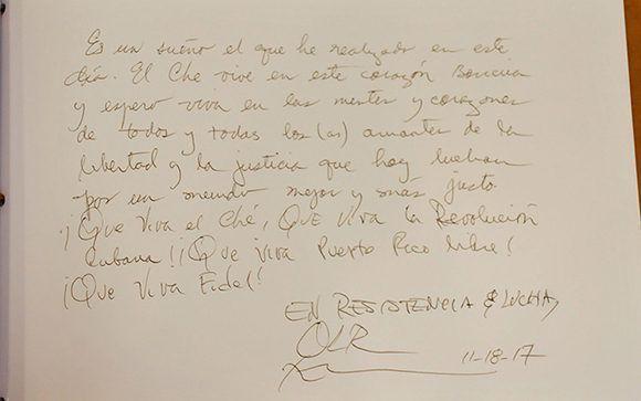 Oscar López dejo escrito este mensaje en el Complejo Escultórico Ernesto Che Guevara. Foto: Ramón Barreras Valdés/ Vanguardia.