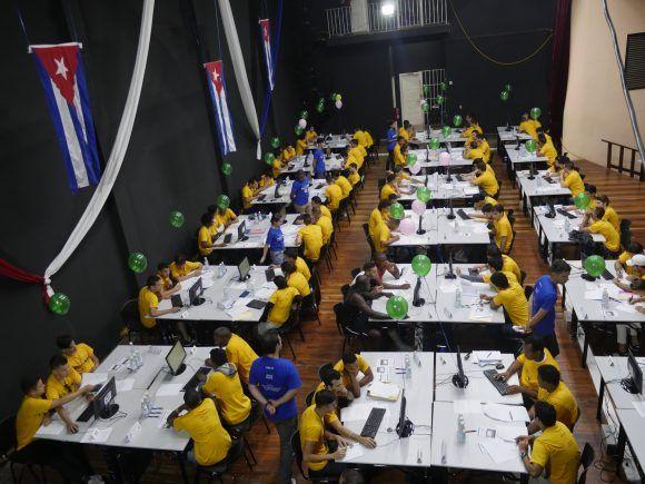 Durante el concurso de práctica. Foto: Malú Vilasa