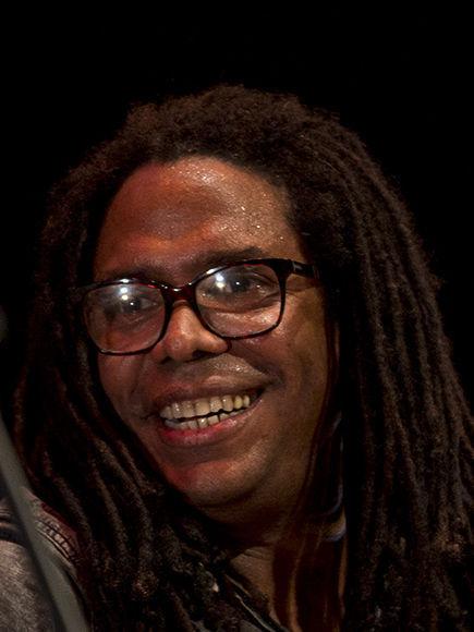 Concierto de Raúl Torres en el Teatro Mella, sábado 18 de noviembre. Foto: Ismael Francisco/ Cubadebate.