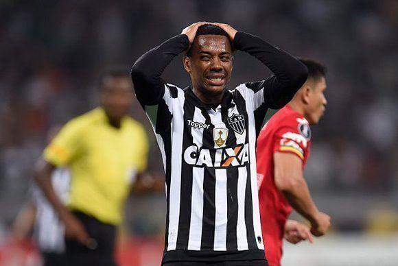 Robinho, condenado a nueve años de prisión por un juez de Milán, actualmente milita en el Atlético Mineiro de Brasil. Foto: Getty Images.