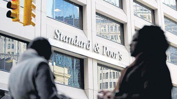 Standard and Poor's coloca a la Argentina en zona de riesgo, junto a Turquía, Pakistán, Egipto y Qatar. Imagen: Corbis/ Página 12.