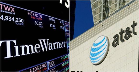 El logo de Time Warner en una pantalla en la Bolsa en Nueva York y el de AT&T, en un edificio en el centro de Los Ángeles. Imagen: Reuters