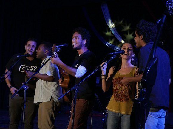 El proyecto La Caña Santa recordó por qué es uno de los más populares en el campus universitario (Foto: Malú Vilasa)