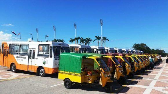 El nuevo parque de mototaxis y ómnibus ruteros tiene como objetivo apoyar la transportación en rutas esenciales de la ciudad (Foto: ACN)