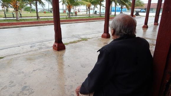 El profesor de inglés. Gibara, Holguín, Cuba. Foto: Danier Ernesto González, 11 de diciembre.