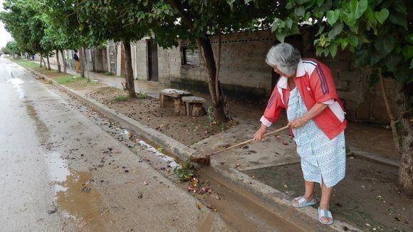 En la avenida Pedro Martínez Rojas, sector norte de la ciudad. Gibara, Holguín, Cuba. Foto: Danier Ernesto González, 11 de diciembre.