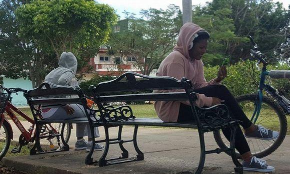 Domingo frío en Cárdenas, Matanzas, Cuba. Foto: Henry Delgado Manzor.