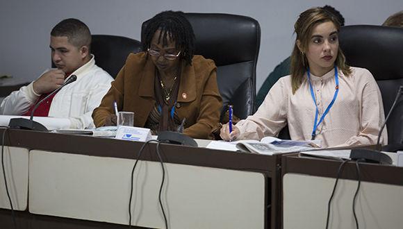 Diputados escuchan sobre el plan Nacional para combatir la trata de personas. Foto: Irene Pérez