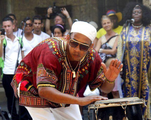 La música y la religión yoruba, dos componentes de la cultura cubana. Foto: Jorge Luis Sánchez/ Cubadebate.
