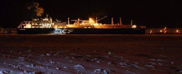 El metanero rompehielos 'Arc7 Chistophe de Margerie', en el puerto ártico de Sabetta. Foto: AFP.