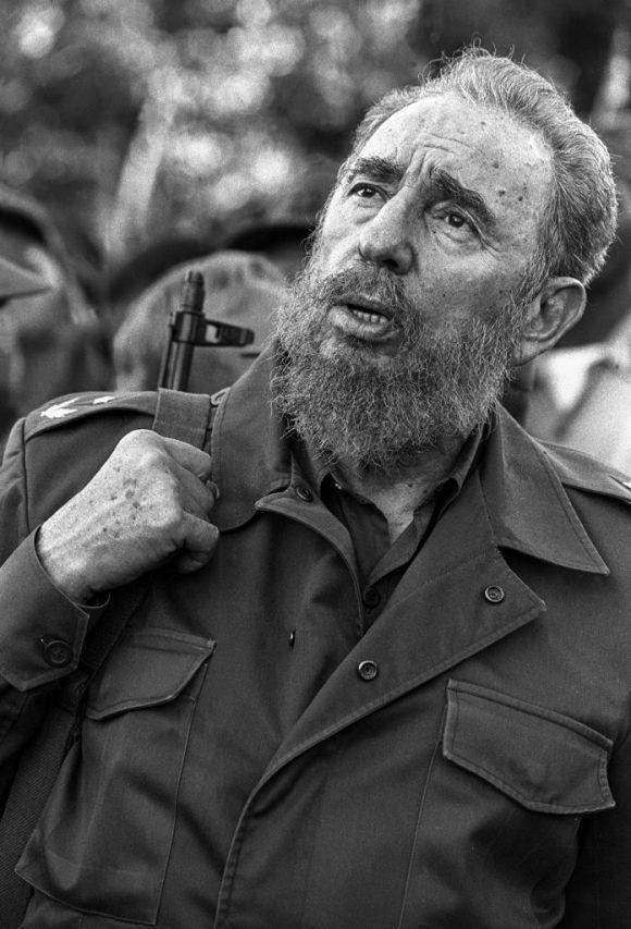 """""""Fidel en 23 y 12"""" (2001). Foto: Liborio Noval."""