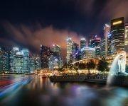 """Las luces en movimiento de esta ciudad y la belleza del paisaje urbano, catapultaron la foto al lugar 19 según Flickr. Foto: """"Lion City"""" por Alexander Lauterbach."""