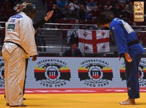 La judoca Idalis Ortiz conquistó la medalla de plata en los más de 78 kilogramos, en la segunda y última jornada del Máster de San Petersburgo. Foto. Sitio del torneo.