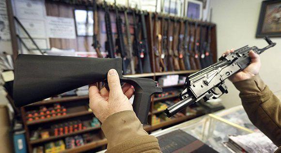 La pieza 'bump stock' convierte un fusil en automático. Foto: George Frey/ AFP.