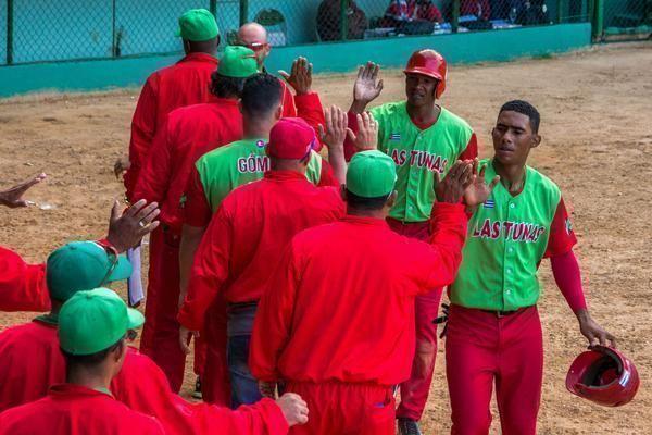 Las Tunas venció a Pinar del Río y clasificó por cuarta ocasión en su historia para los play off. Foto: Rafael Hernández/ ACN.