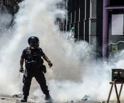 Megaoperativo de mil 500 efectivos de la Gendarmería contra manifestantes que intentaban llegar hasta el Congreso para protestas por la  reforma previsional que encierra el ajuste en las pensiones de los jubilados.Foto: Kaloian Santos Cabrera/ Cubadebate
