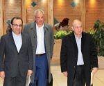 Roberto Morales Ojeda, Ministro de Salud Pública, en visita oficial en Irán. Foto: EmbaCuba Irán