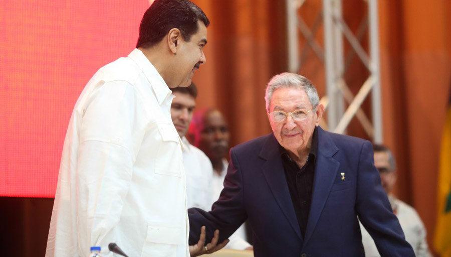 Nicolás Maduro y Raúl Castro en ALBA-TCP. Foto: @PresidencialVen/Twitter