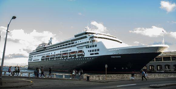 Tercer crucero de la compañía estadounidense Carnival Corporation visita Cuba