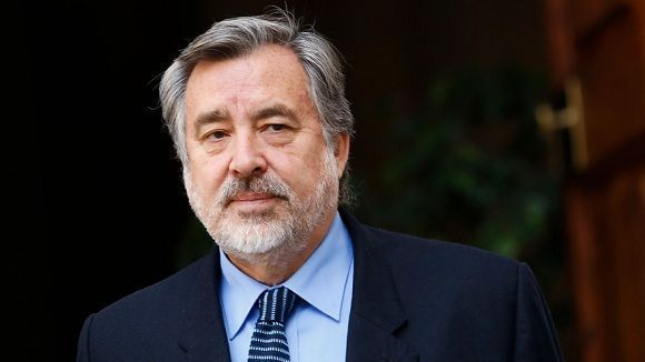 Alejandro Guillier, una de las alternativas para frenar la derecha en las presidenciales de Chile. Foto: Radio-UChile