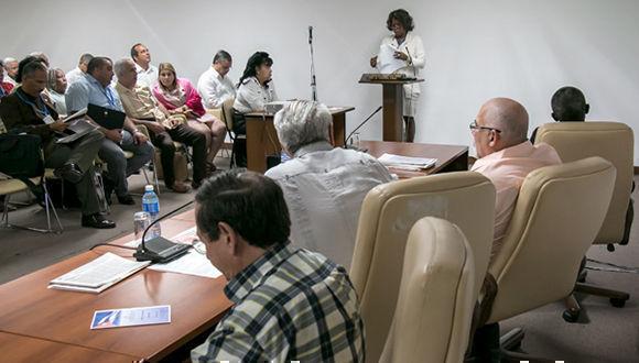 Detalles del proceso entre 2012 y 2017 fueron expuestos por la diputada Ileana Fresneda en el informe a la fiscalización de un tema que tuvo claro descenso en varios años de esa etapa. Foto: Roberto Morejón.