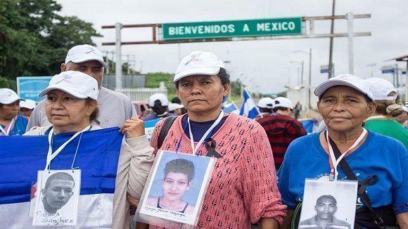 Caravana de Madres. Foto: Mario Marlo/ La Izquierda Diario