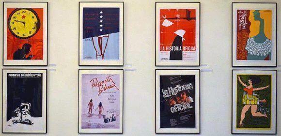 """Exposición de carteles """"Clásicos Restaurados"""". Foto: CartelOn/ Facebook"""