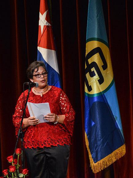 Intervención de Lissette Pérez, embajadora de Belice en Cuba, durante la Gala por el  aniversario 45 del establecimiento de las relaciones de Cuba-CARICOM, en el Teatro Martí, en La Habana, el 6 de diciembre de 2017. ACN FOTO/Marcelino VAZQUEZ HERNANDEZ