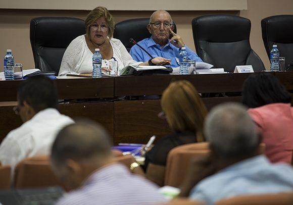 Mary Blanca Ortega, titular de Comercio Interior. Foto: Irene Pérez/ Cubadebate.
