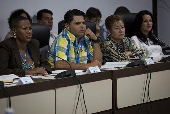 Según los datos del MTSS, fueron detectadas 7 mil 423 violaciones con mayor incidencia en los temas de protección y salud en el trabajo. Foto: Irene Pérez/ Cubadebate.