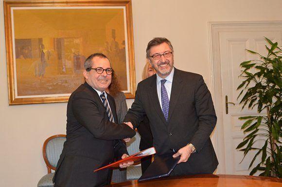 La firma de este instrumento permitirá formalizar el intercambio y el diálogo político bilateral. Foto: Embacuba Austria.